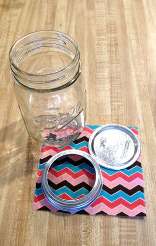 mason-jar-pin-cushion-3